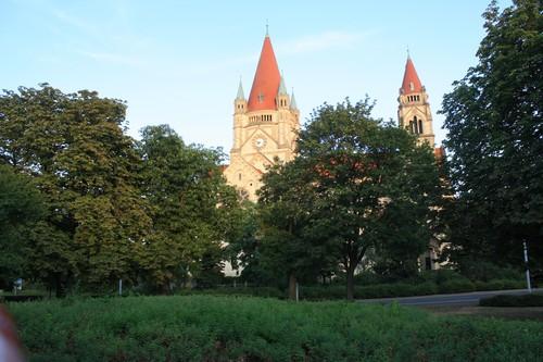 Замок на берегу Дуная. Вена. Австрия.