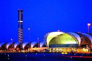 Как добраться из аэропорта  Бангкока Suvarnabhumi в Бангкок и другие города Таиланда.