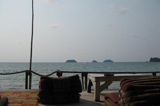 Бар Siam Hut с видом на море