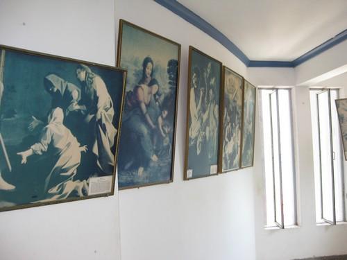 Вьетнам. Вунг Тау. Внутри Статуи Христа. Картины.