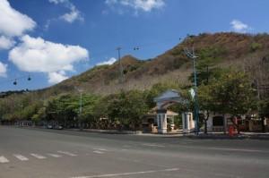 Вьетнам. Вунг Тау. Гора Хо Май (Ho May).