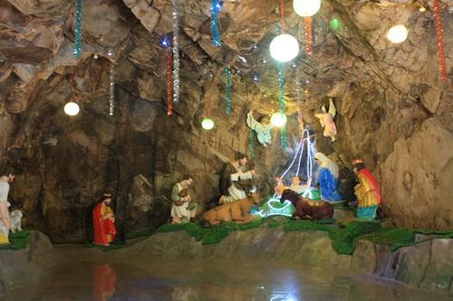 Вьетнам. Вунг Тау. Гора Хо Май. Пещера Рождества Христова.